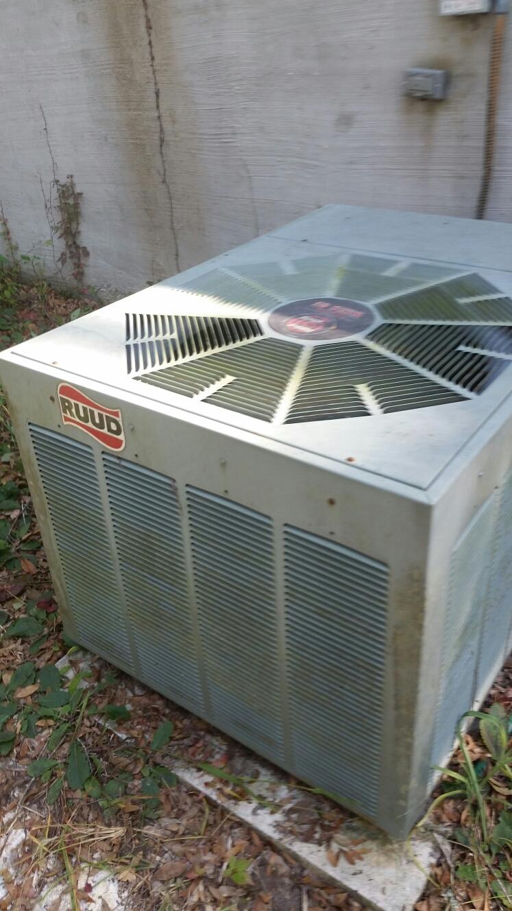 Pomona Park, FL - Service on Ruud heat pump