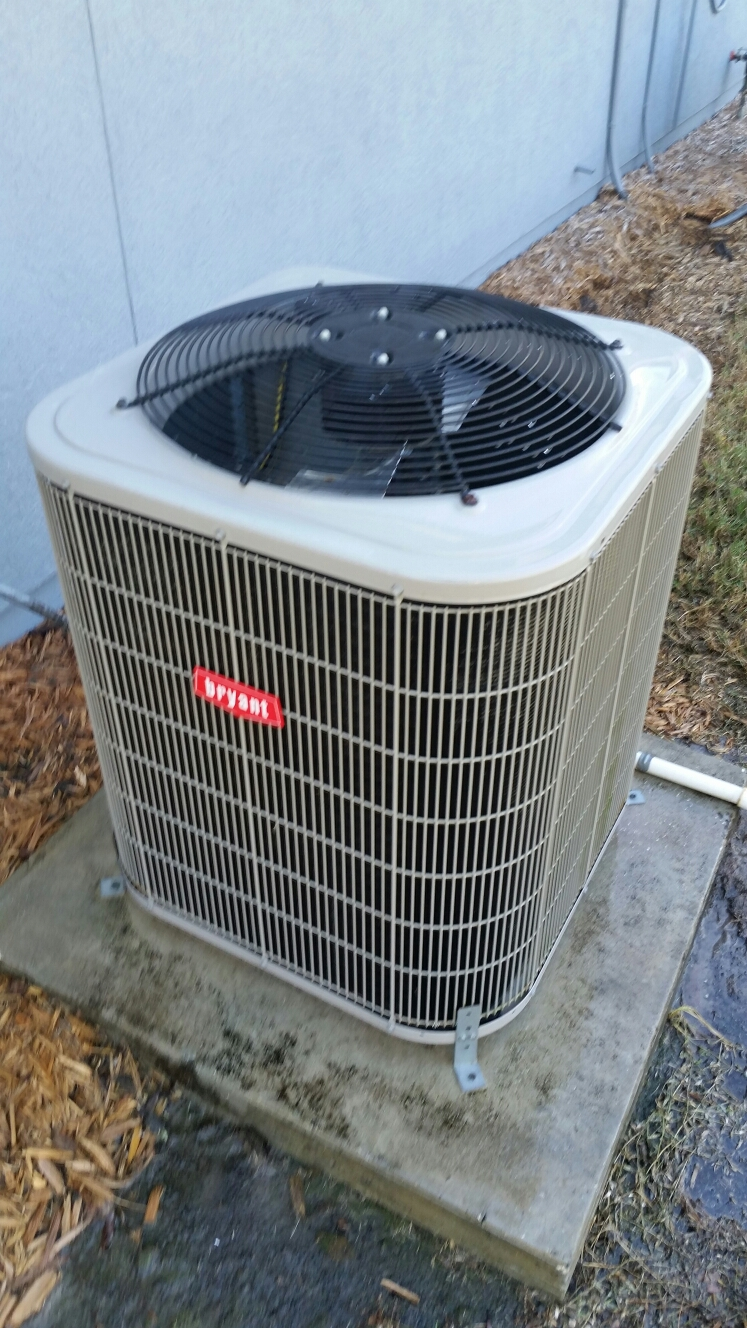 Green Cove Springs, FL - Maintenance on Bryant heat pump