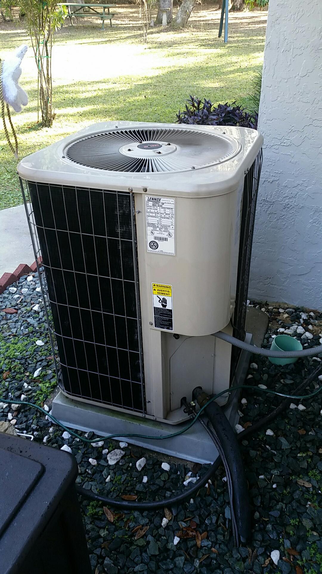 Florahome, FL - Maintenance on Lennox split heat pump system
