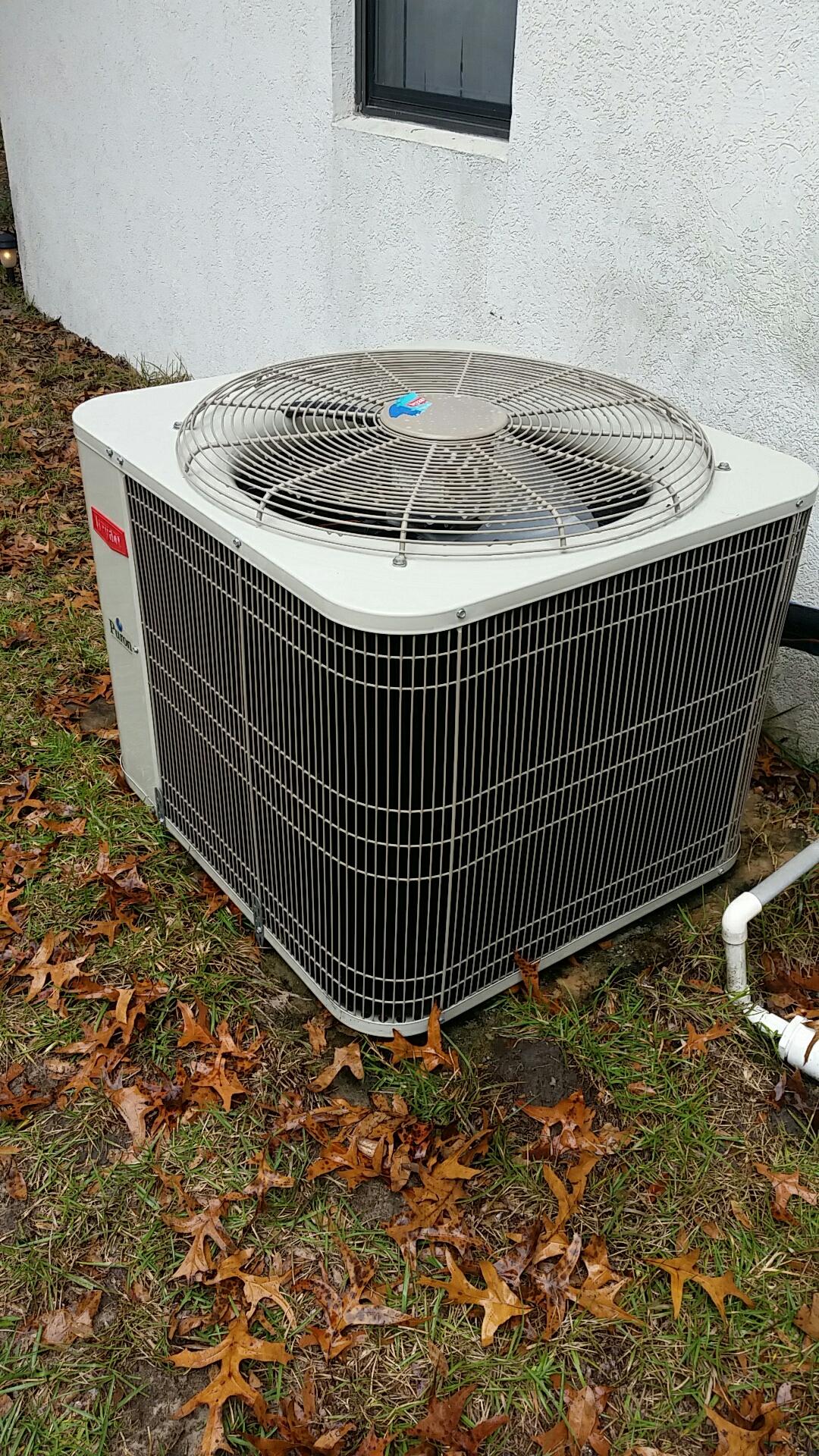 Melrose, FL - Maintenance on Bryant split heat pump system