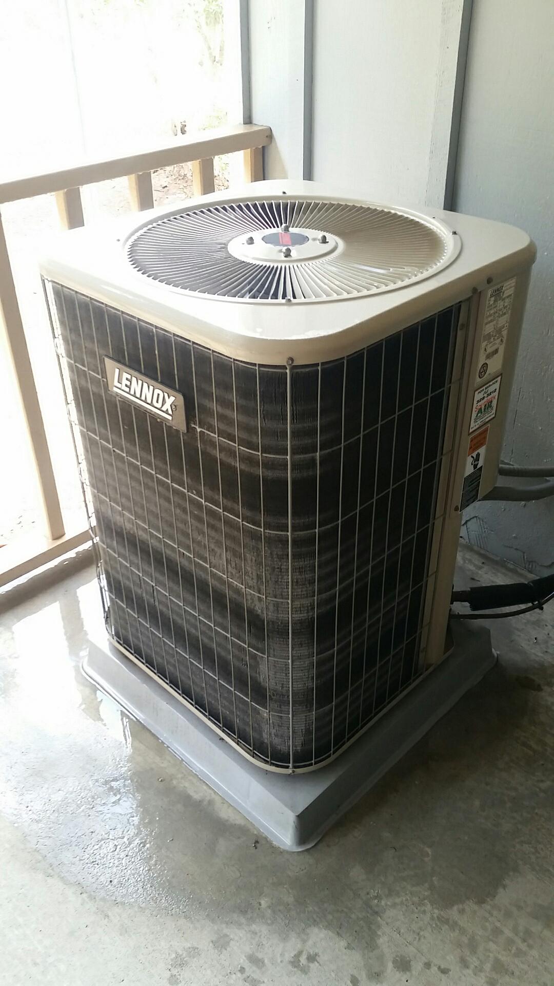 Crescent City, FL - Maintenance on Lennox split heat pump system