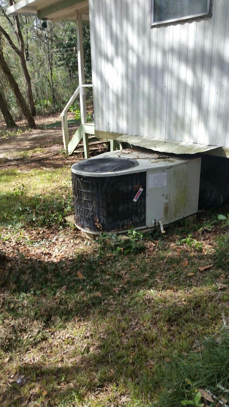 Melrose, FL - Service on Heil heat pump