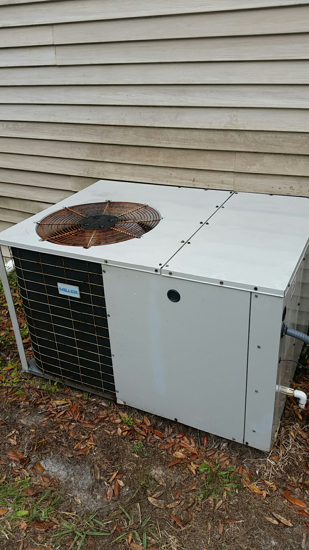 Satsuma, FL - Maintenance on Nordyne package heat pump system
