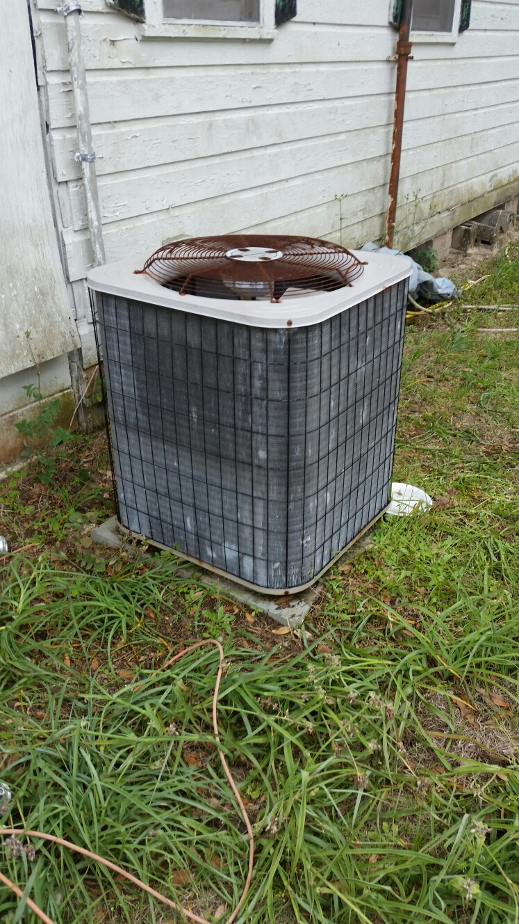 Interlachen, FL - Maintenance on Ducane heat pump