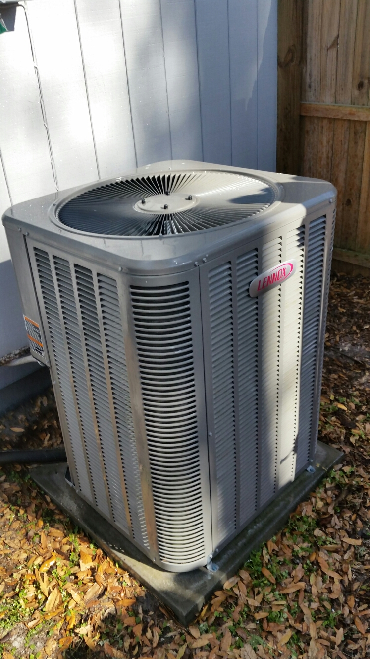 Melrose, FL - Maintenance on Lennox heat pump