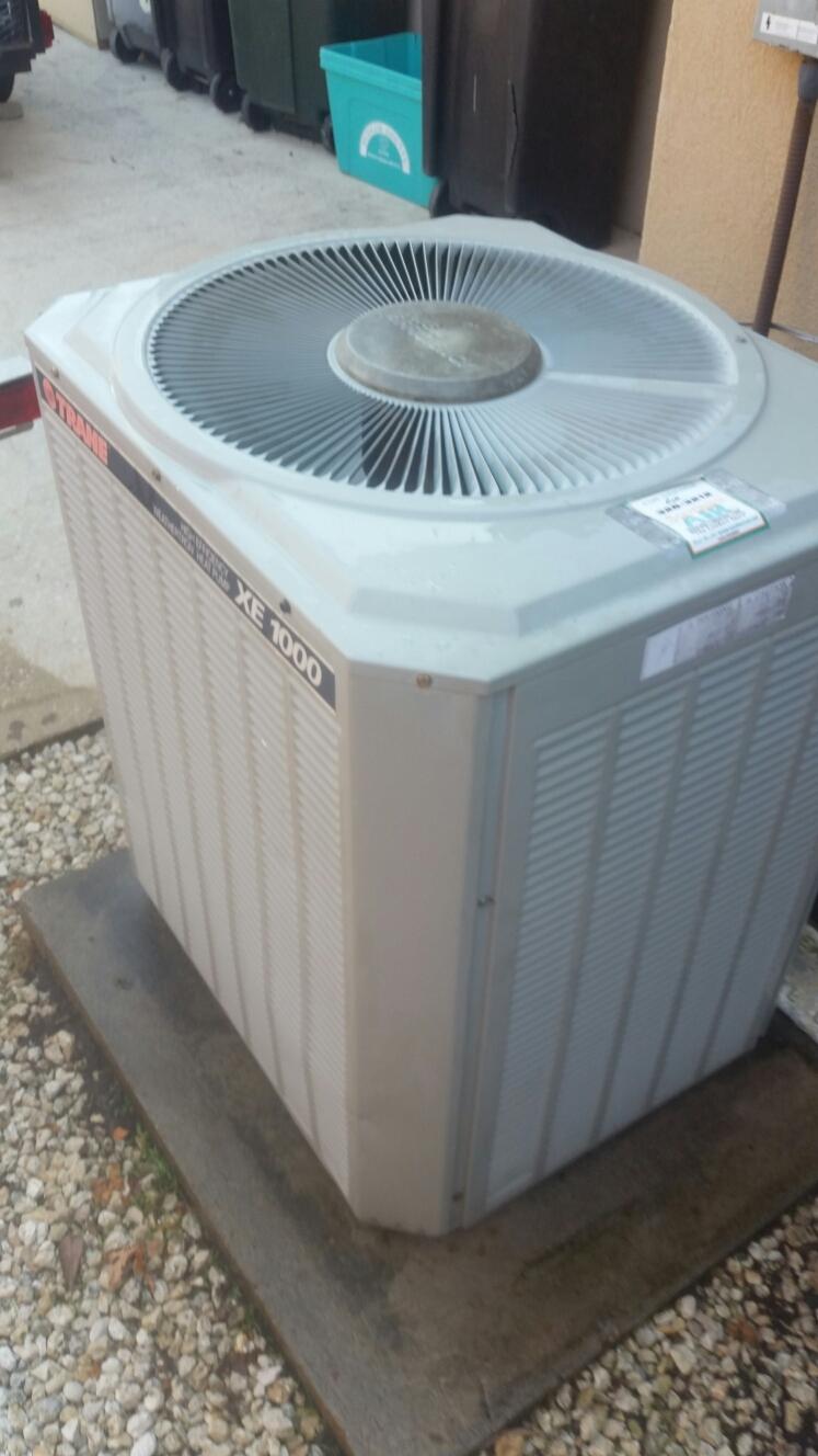East Palatka, FL - Maintenance on Trane heat pump