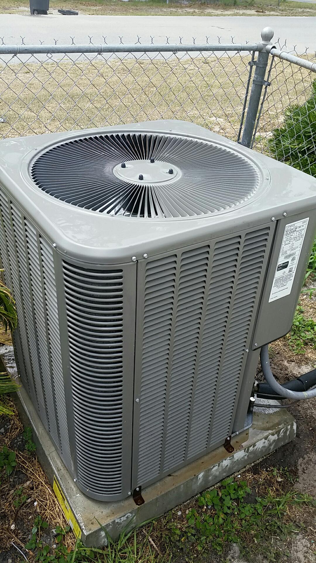 Palatka, FL - Maintenance on Lennox split heat pump system