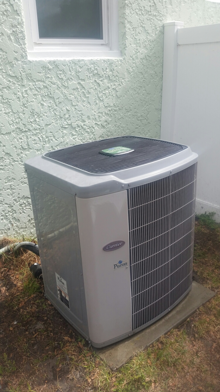 Palatka, FL - Maintenance on carrier heat pump