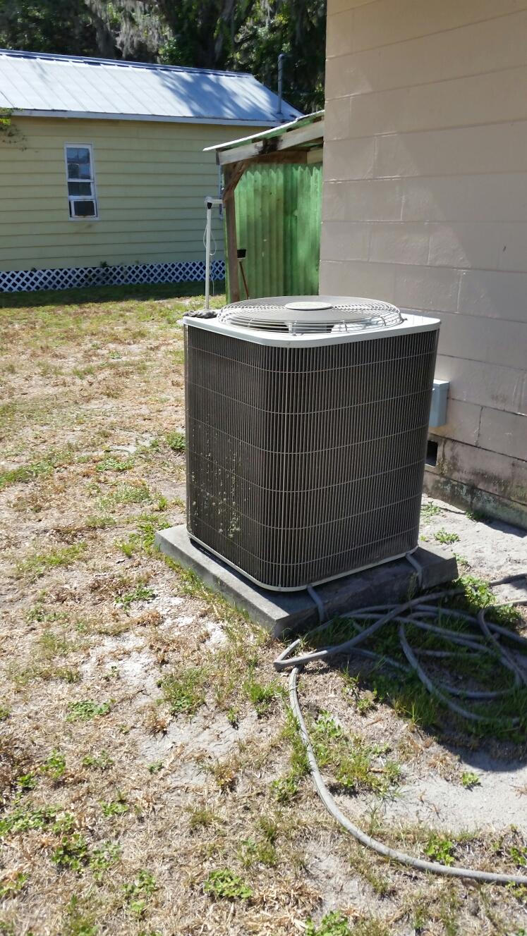 Palatka, FL - Service on carrier heat pump