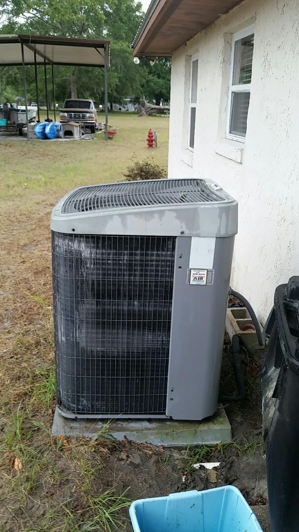 Palatka, FL - Tune up tempstar split heatpump system