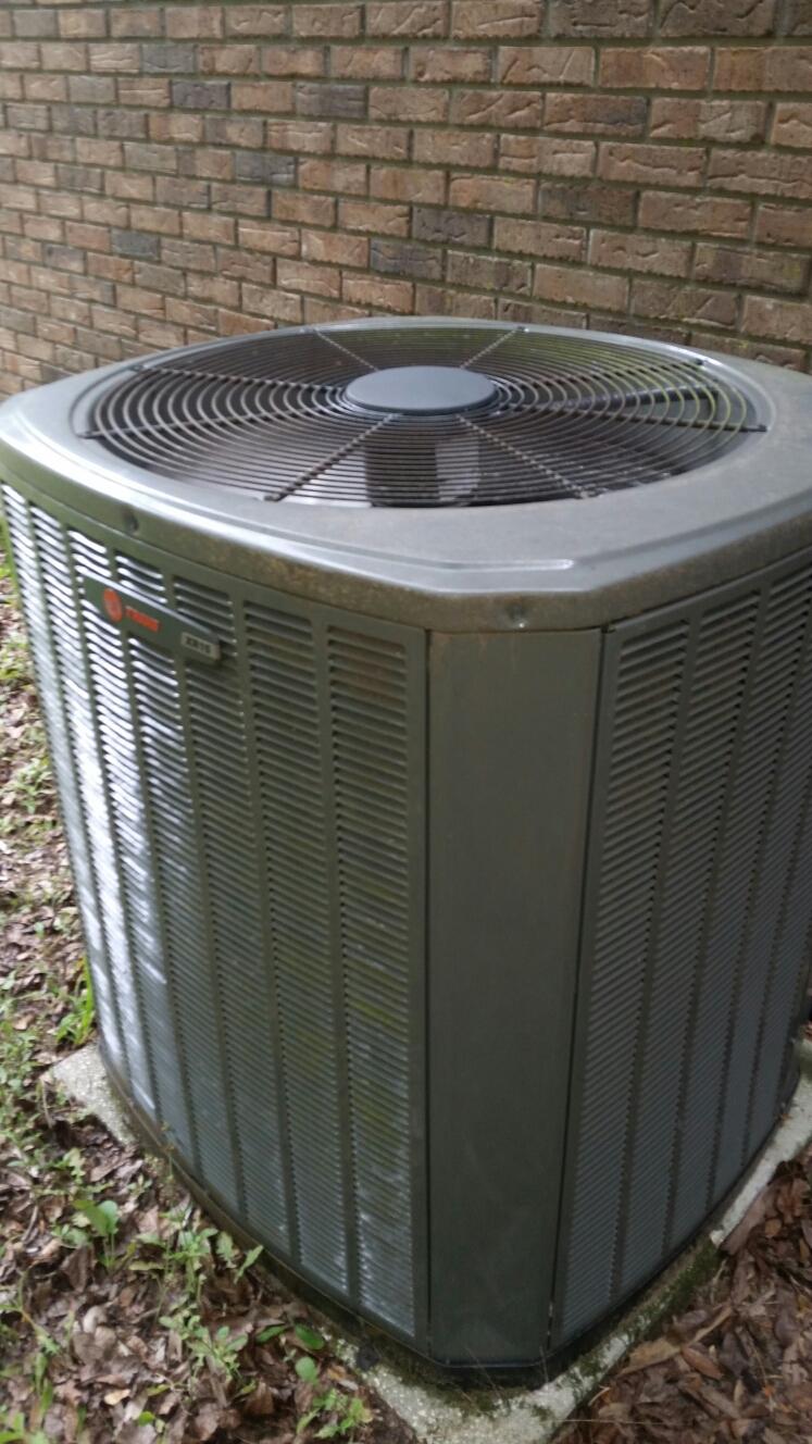 Melrose, FL - Service on Trane heat pump