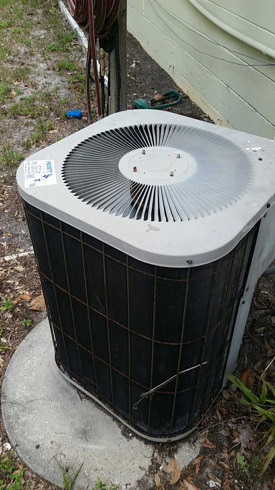 Satsuma, FL - Service on Goodman heat pump