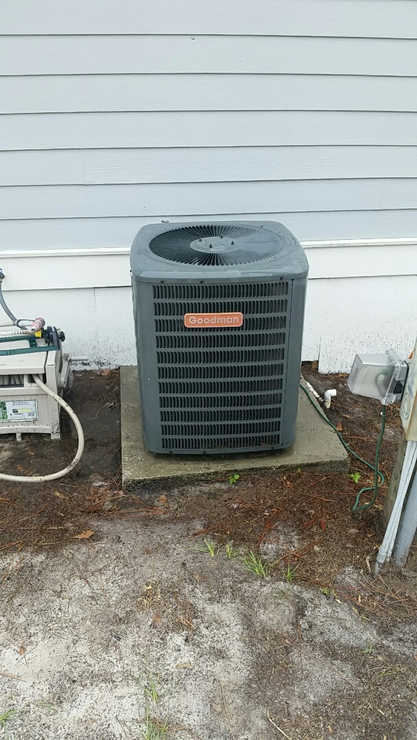 Interlachen, FL - Tune up goodman split heatpump system