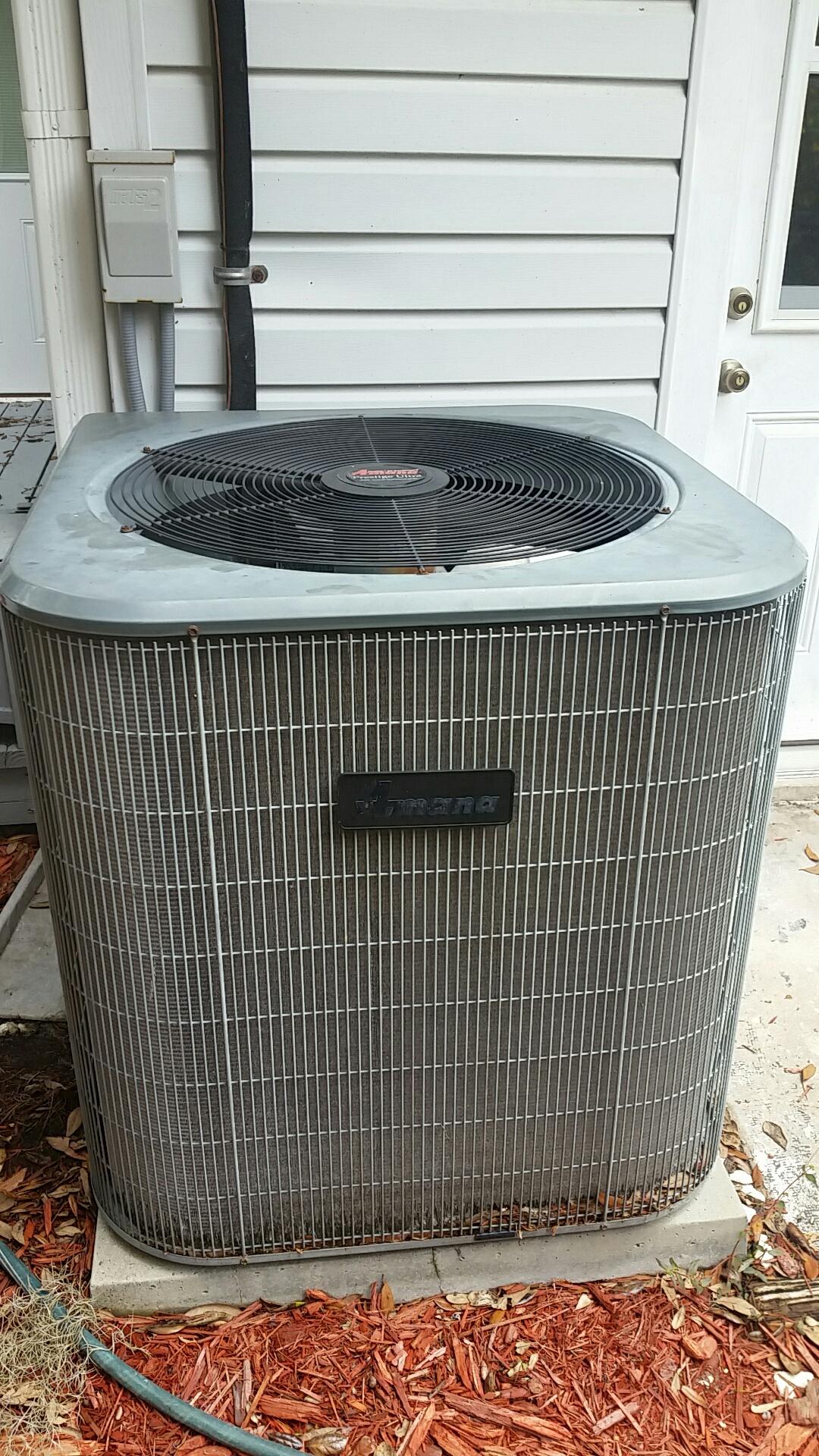 East Palatka, FL - Maintenance on Amana split heat pump system