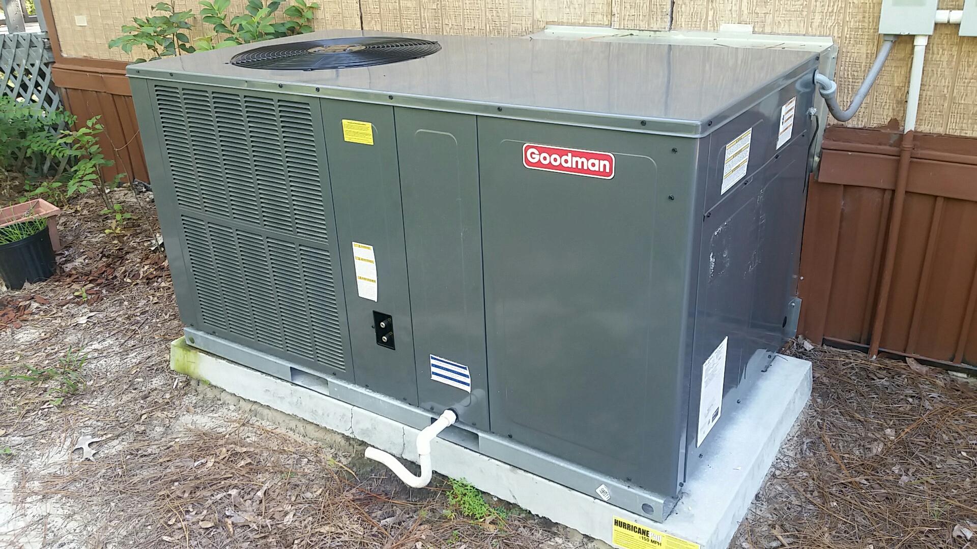 Florahome, FL - Maintenance on Goodman package heat pump system