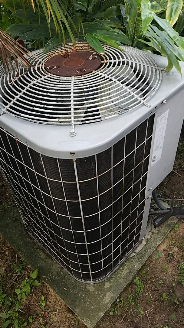 San Mateo, FL - Service call carrier split heat pump system