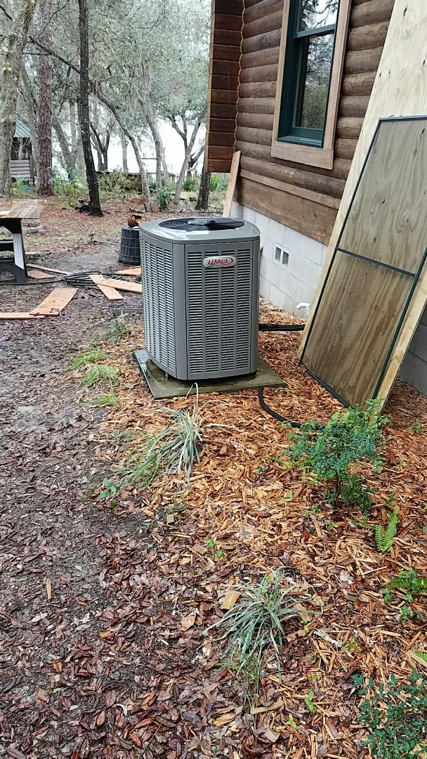 Melrose, FL - Tune up Lennox split heat pump system