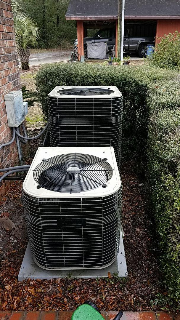 Florahome, FL - Tune up Lennox split heat pump system