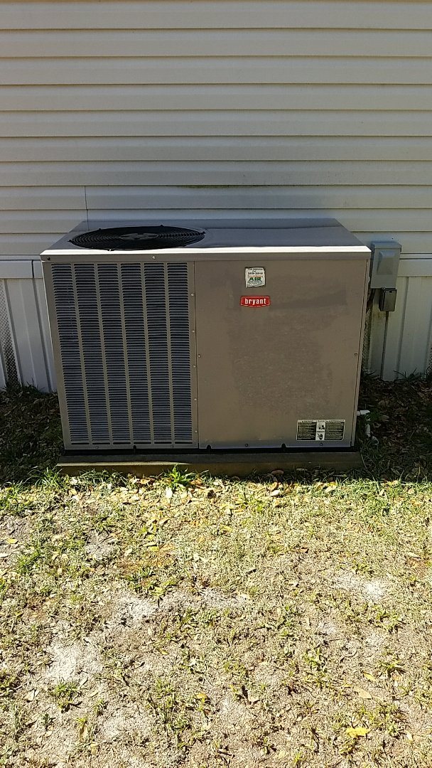 Pomona Park, FL - Tune up Bryant package air conditioning