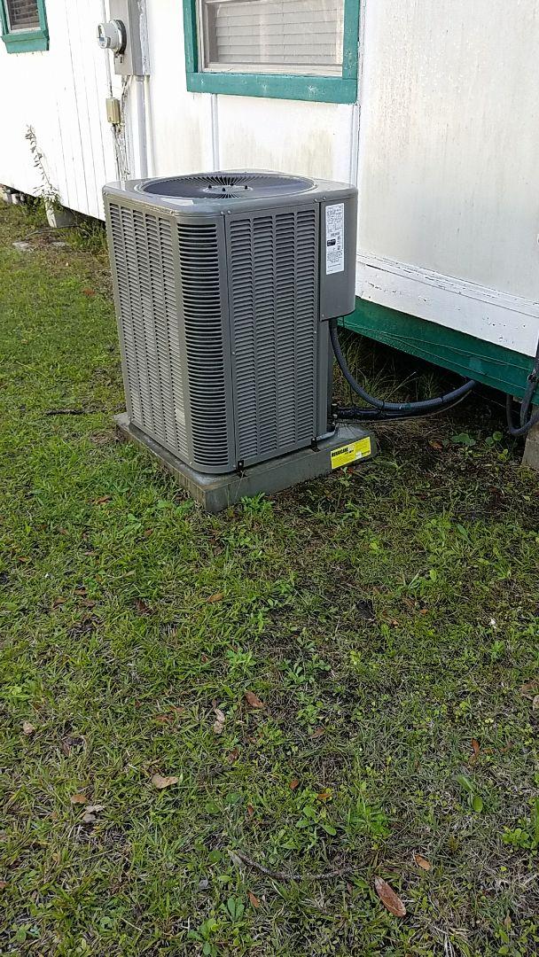 Hastings, FL - Tune up Lennox split heat pump system