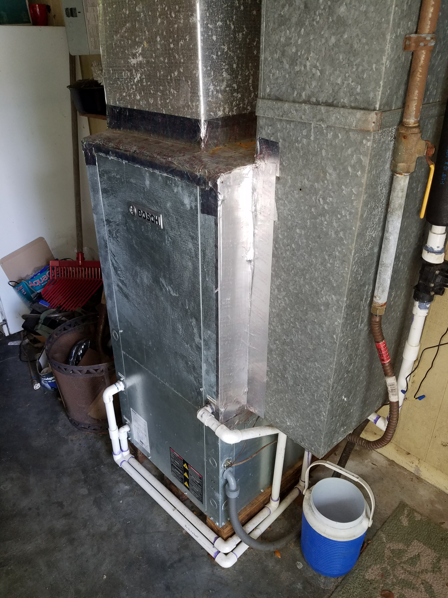 Hawthorne, FL - Service on Bosch water to air system