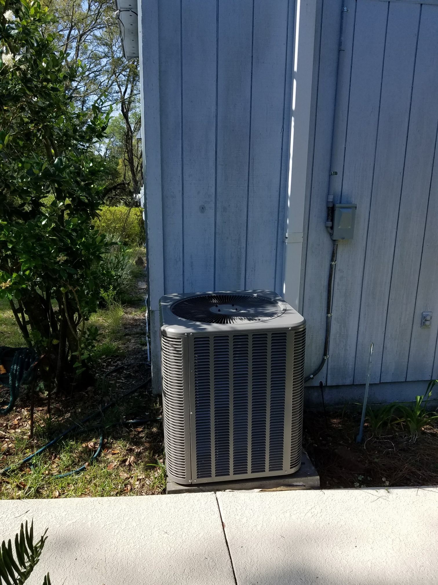Hawthorne, FL - Maintenance on lennox