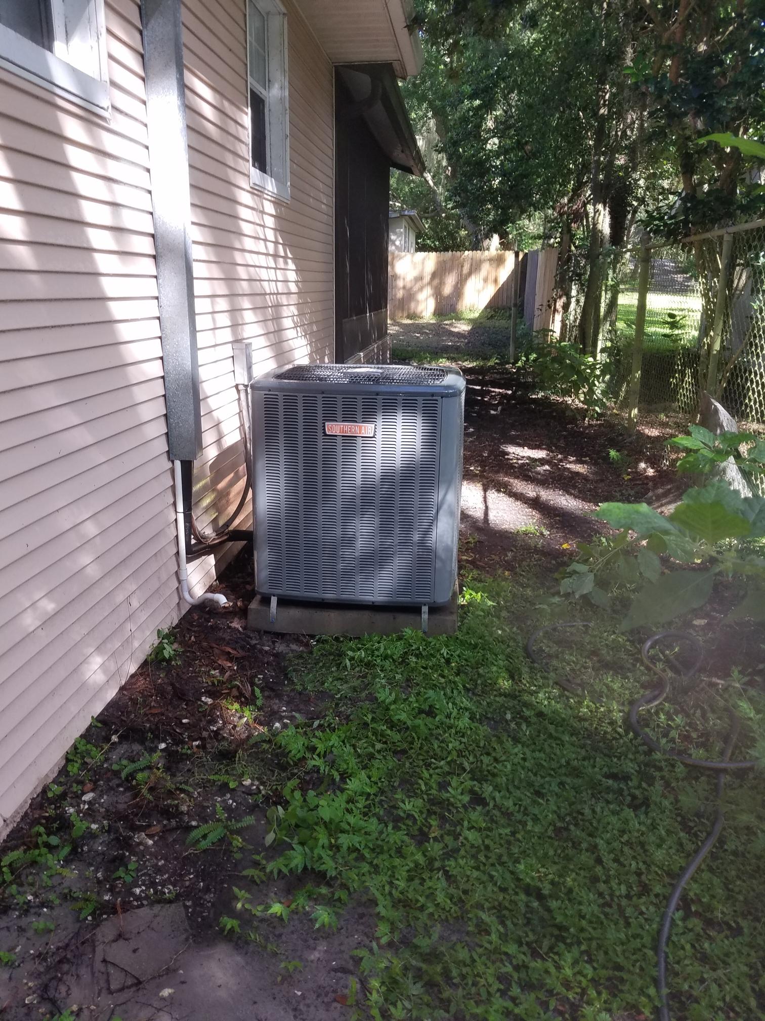 Keystone Heights, FL - Maintenance on amana