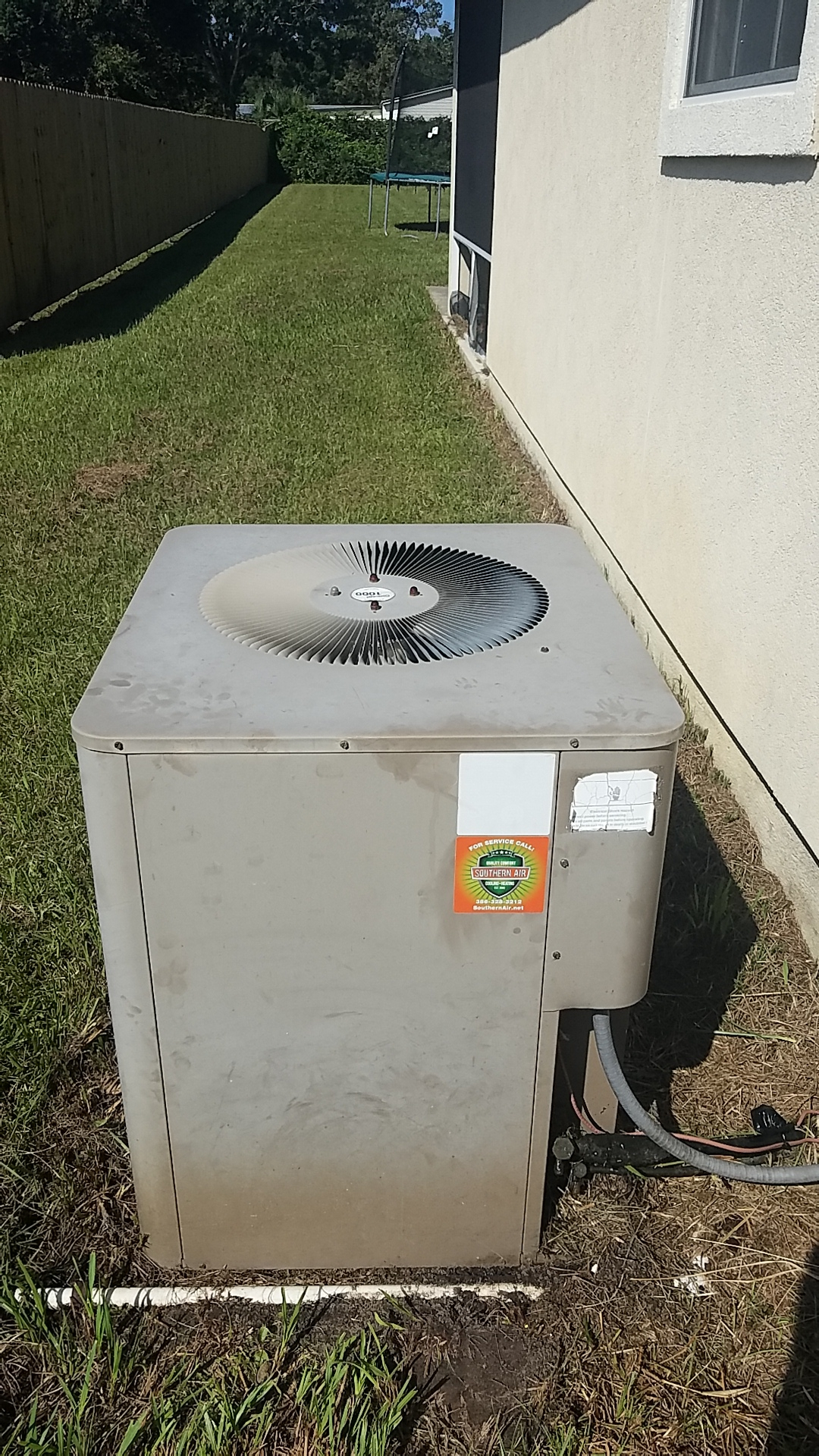 Palatka, FL - Service call on Armstrong split heat pump system