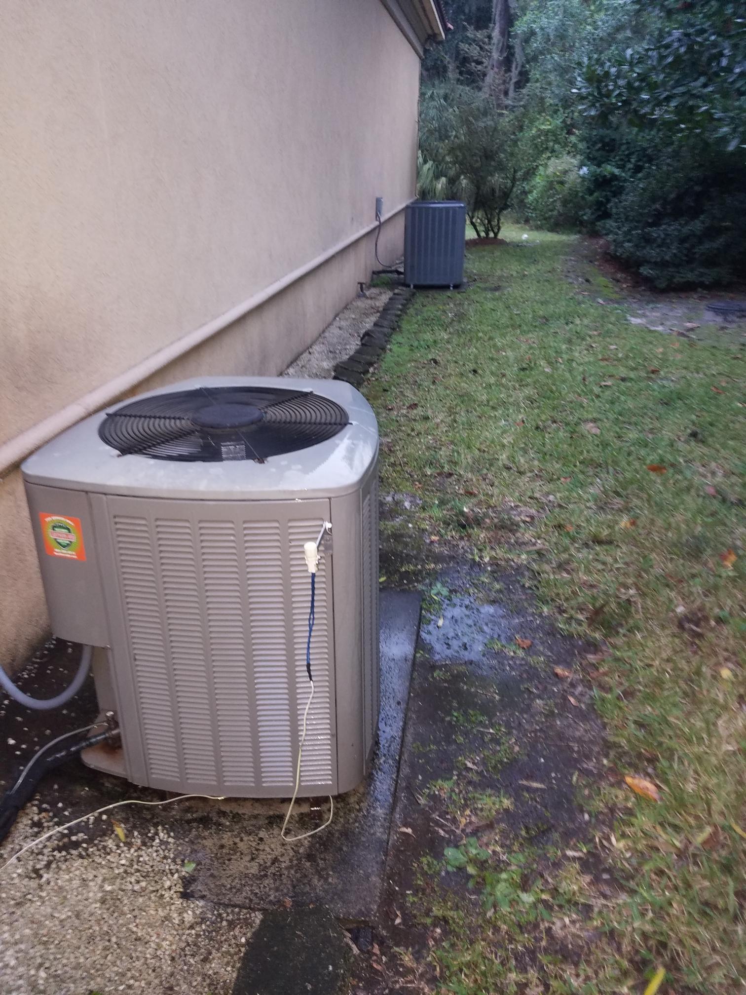 Satsuma, FL - Maintenance on 2 heat pumps