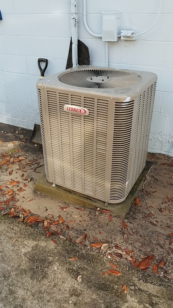 Hawthorne, FL - Tune up Lennox heat pump system