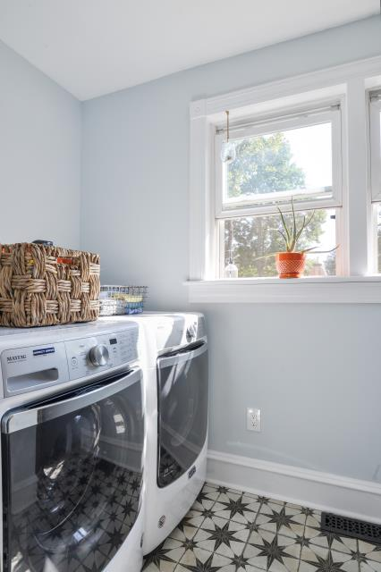 Collingswood, NJ - Luxurious laundry room completed!!