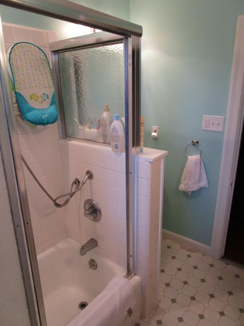 Moorestown, NJ - Complete gut and remodel  full bath