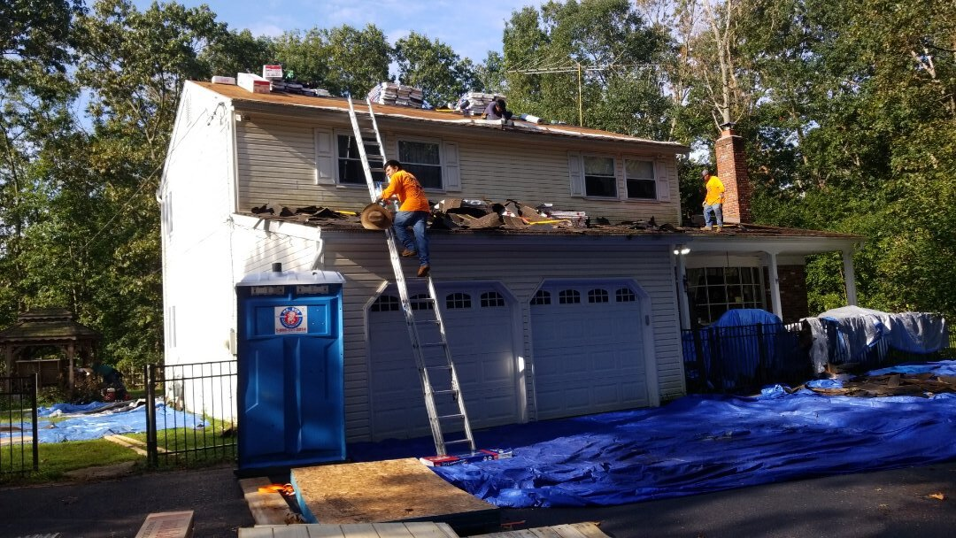 Shamong, NJ - Entire house roofing gets ripped off install with new shingles