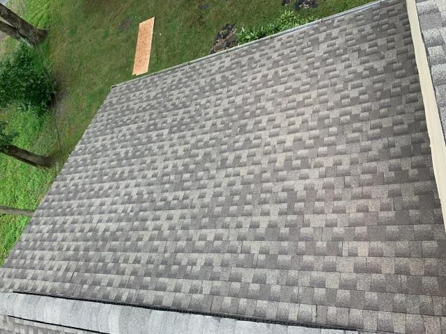 Medford Lakes, NJ - Replaced existing roof with Timberline HD Pewter Gray 50 year manufacturer guarantee - 10 year workmanship warranty with Nuss Construction
