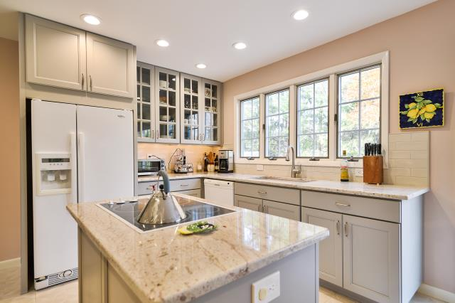 Moorestown, NJ - Our homeowners love the glass cabinets and all the light (natural, recessed, under-cabinet) in their remodeled kitchen in Moorestown !
