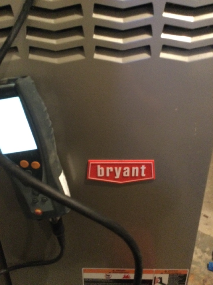 Worthington, OH - Performing maintenance on a 2007 Bryant, gas furnace.
