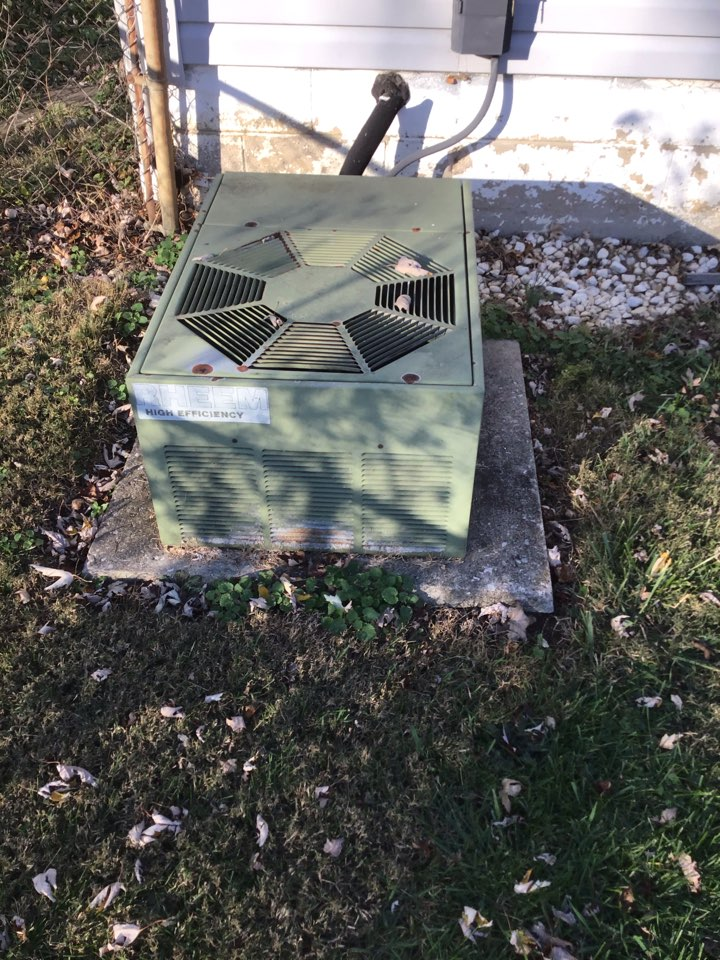 Galena, OH - Heat pump repair on no heat situation. Found unit low on refrigerant due to faulty evaporator coil. Customer chose to recharge unit for now and address after holidays.