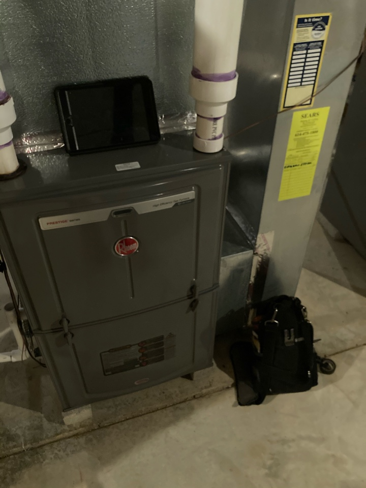 Galena, OH - Troubleshooting a VS Rheem gas furnace