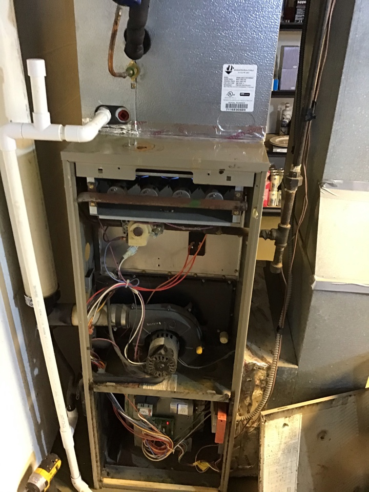 Delaware, OH - Furnace repair on maintenance inspection including cleaning necessary components, tightening electrical connections and combustion analysis to ensure safety. I also replaced failing capacitor on blower motor