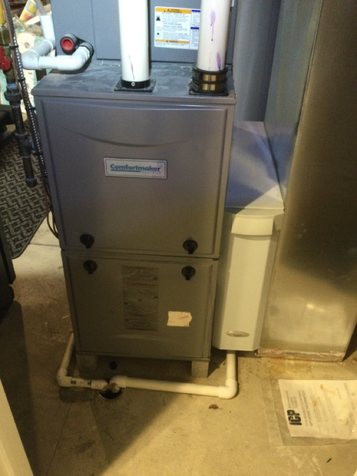Westerville, OH - Annual maintenance check on a Comfortmaker furnace