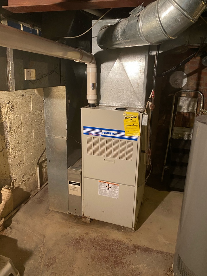 Delaware, OH - Propose cost of installing high-efficiency furnace