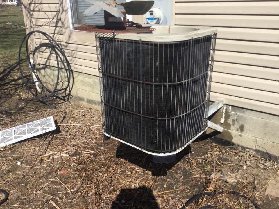 Hilliard, OH - 27 year old Lennox air conditioner. Completed mechanical, safety, and performance test on air conditioner. Compressor was unable to start when testing system. Tested with hard start kit and was able to get compressor to run. Compressor is getting to the age where it is having trouble starting without start assistance. Voltage distribution center is very burnt in Contacts pitted. Unit is 27 years old. Recommended replacement of all this distribution center and to add a hard start kit to ensure customer will have cooling the summer. He said he does not use it very often it will most likely not fired up for the first time until August. At that time he will decide whether he would like to do repairs or have an estimate for replacement.All okay at this