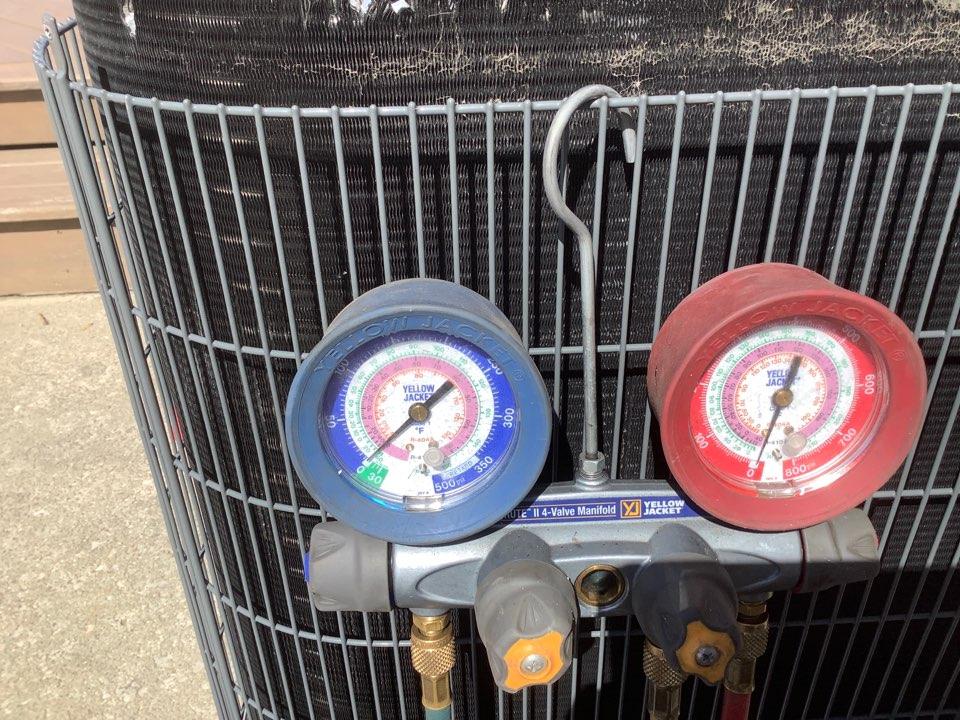 Lewis Center, OH - Heat pump repair