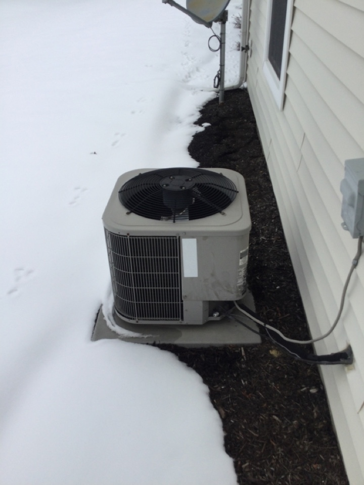 Delaware, OH - Replaced leaking condenser fan motor,blade and updated hard start kit.