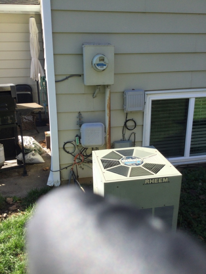 Westerville, OH - Ac maintenance inspection including cleaning condenser coil, checking electrical connections.