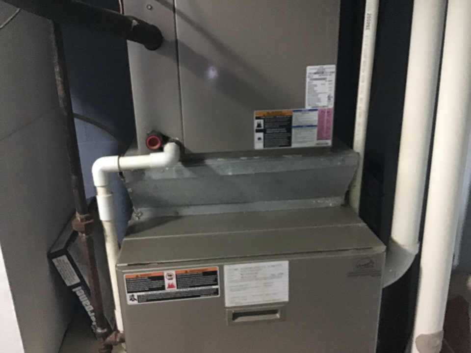 Galloway, OH - Ac check on rheem 1993 like a boss.  Cleaned system. Furnace is a propane lit set up on a.2 stage new Bryant from 2020. With I wave and humidifier
