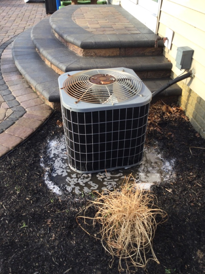 Delaware, OH - Annual maintenance check on a carrier air conditioner
