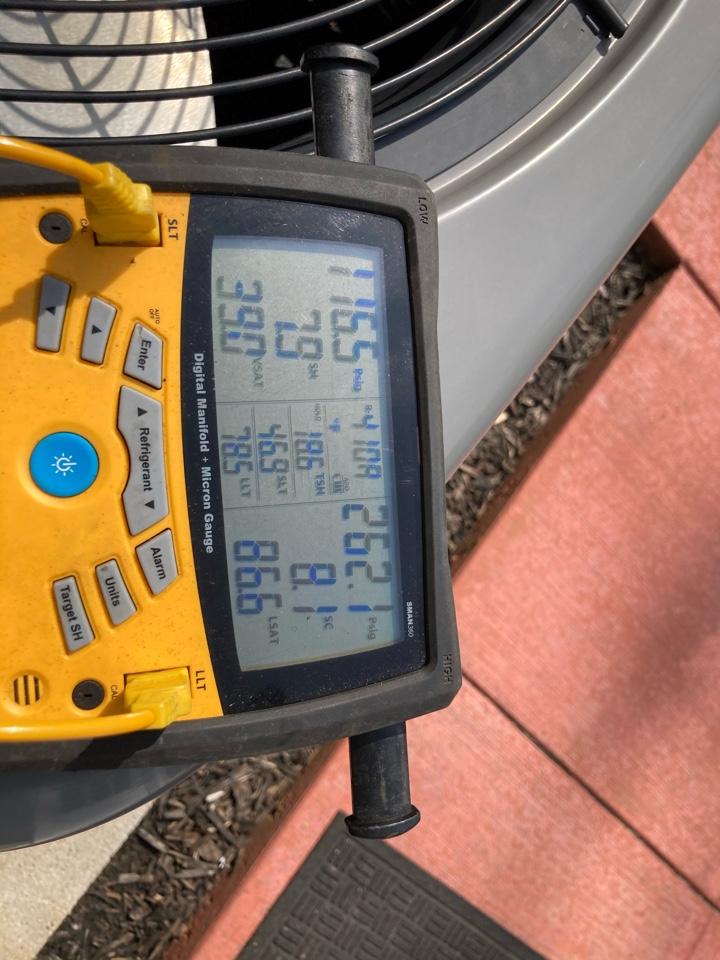 Adjusting charge on Rheem heat pump from compressor repair in winter