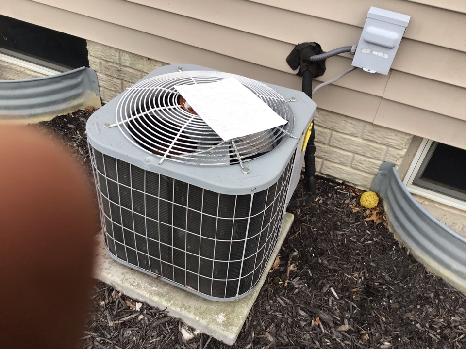 Columbus, OH - Txv It's not working causing unit not to cool properly freeze an indoor coil. System is not covered under warranty