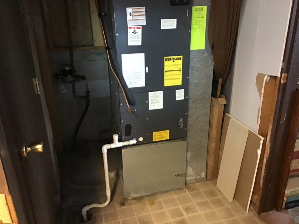 Hilliard, OH - Concern was HP was not coming on Found main Voltage had been cut to supply heat in garage. Homeowner will fix they did this 2 months ago   Offered service contract after he fixed it. He may call in   Another concern was system would not maintain. Can't run system to check.